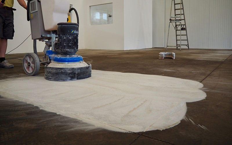 restauro pavimento in cemento industriale