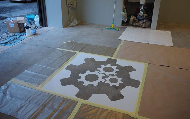 stencil su pavimento cemento levigato