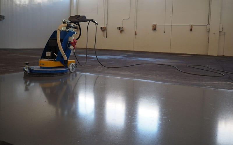 levigatura lucidatura trattamento cemento industriale